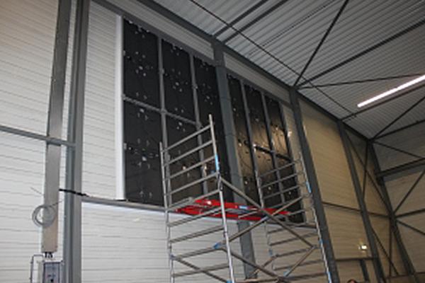 Ledscherm - Dordrecht: Staalconstructie t.b.v. bevestiging LED scherm Van der Wees