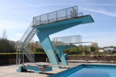 Trap en hekwerk zwembad de Hoge Devel